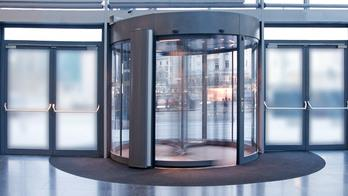 Revolving Door Dating: When An Ex Makes Contact