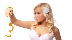 In Defense Of Gold Diggers:  It