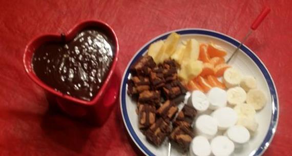 valentine fondue2.jpg
