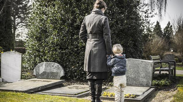 My Ex-Husband Died, So Why Am I Grieving?